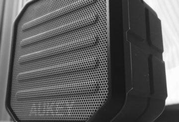 【防水防塵Bluetoothスピーカー】AukeySK-M13 アウトドアやBBQで活躍間違いなしの小型防水防塵Bluetoothスピーカー