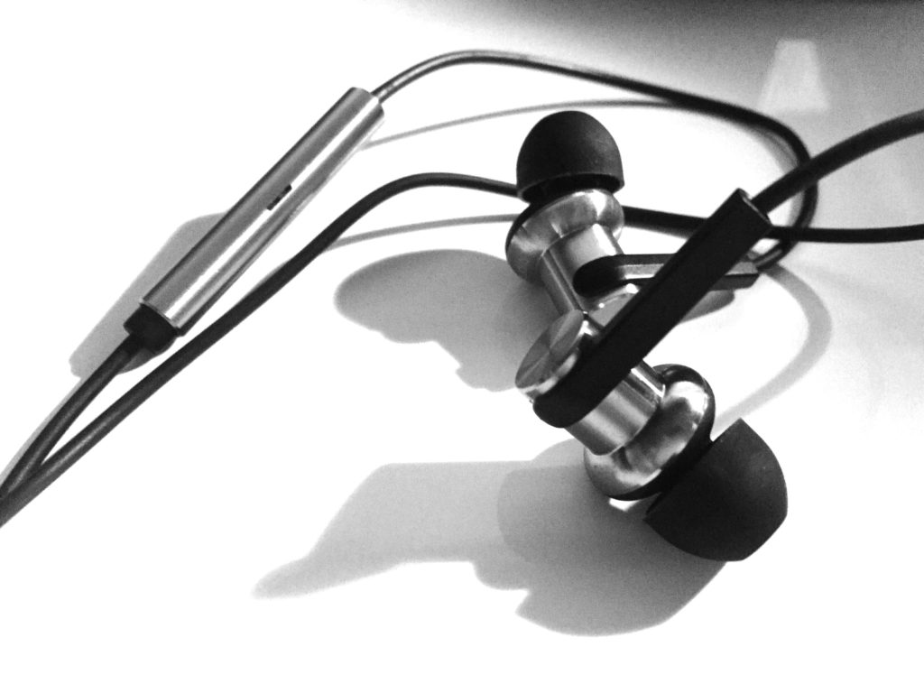 Xiaomi Piston4 Iron Ring Earphones4