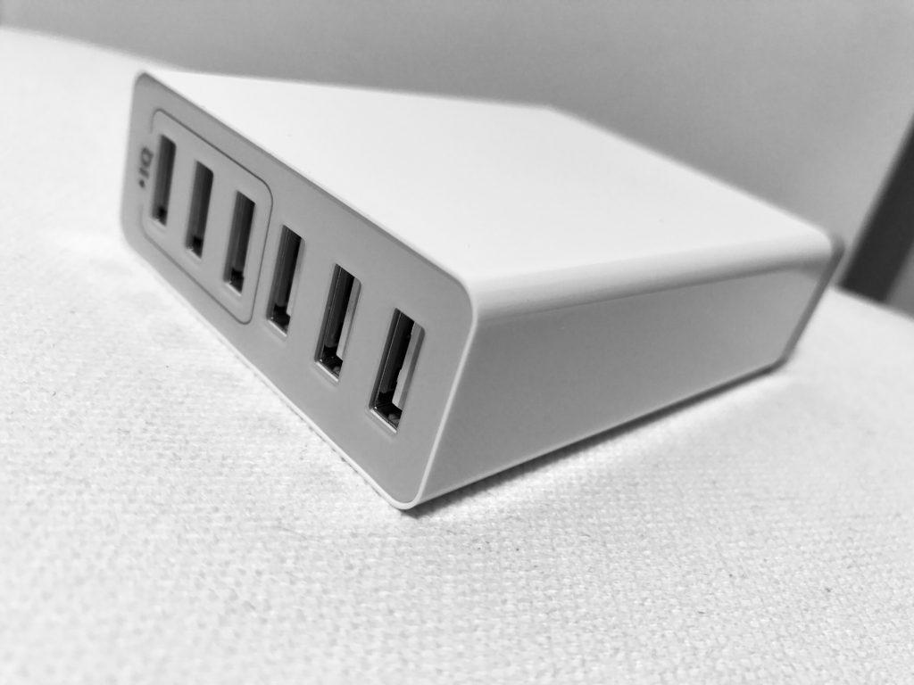 Anker PowerPort 6 Lite-1