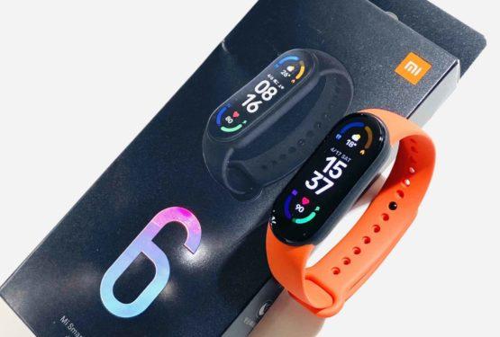 【実機レビュー】Xiaomi Mi スマートバンド 6 レビュー! 最新のMi Band 6はどう進化した?